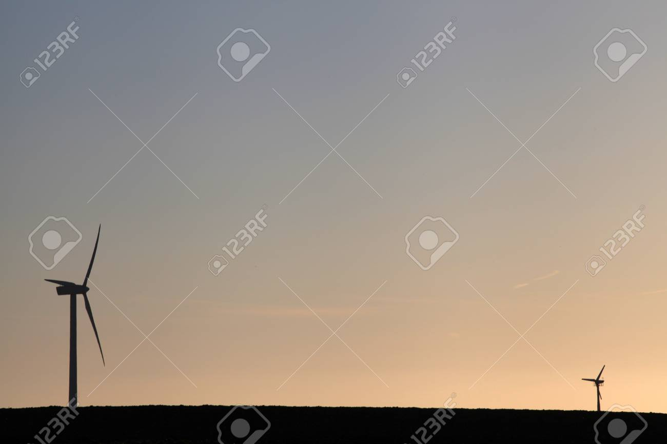 Windturbines getting bigger and bigger Stock Photo - 12875234