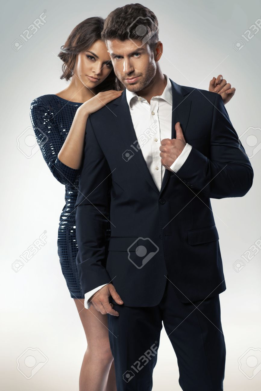 Portrait of the young elegant couple - 31322262