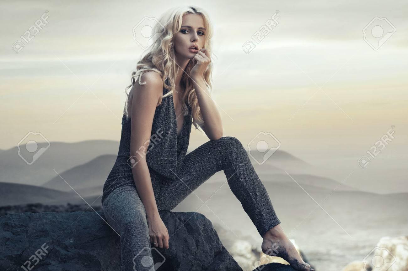 Fabulous blond woman on the tropical beach - 33487447
