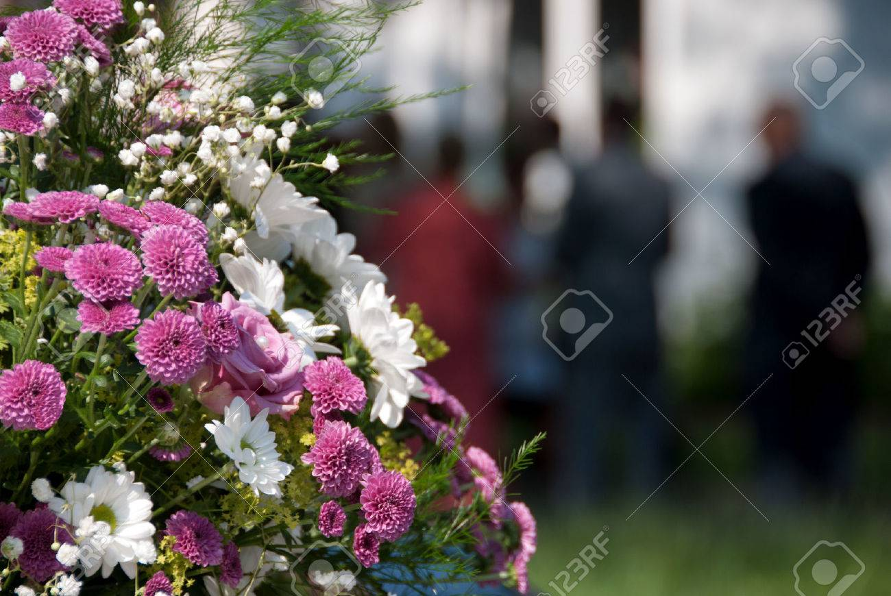 Bouquet Of Flowers At A Funeral Or Wedding Tin Bn Quyn Hnh Nh