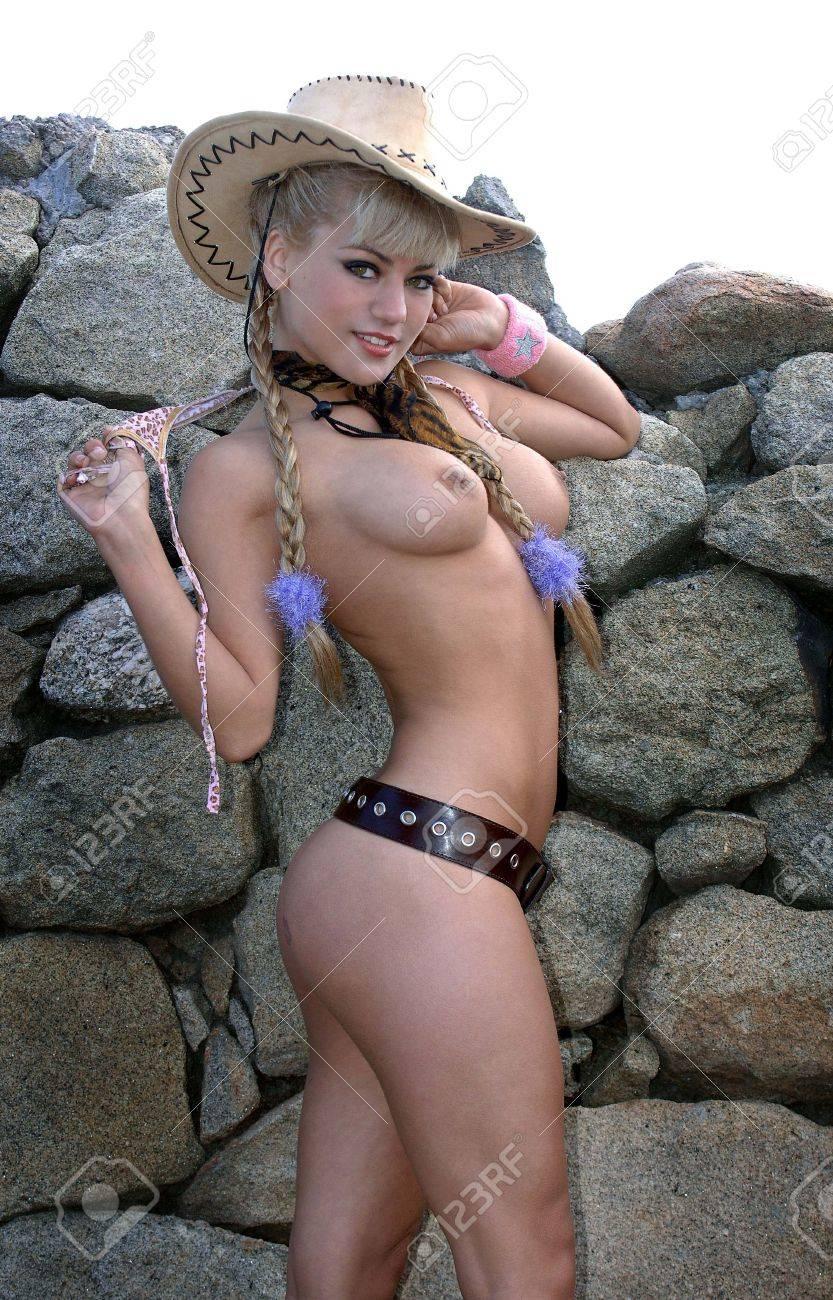 junges mädel nackt