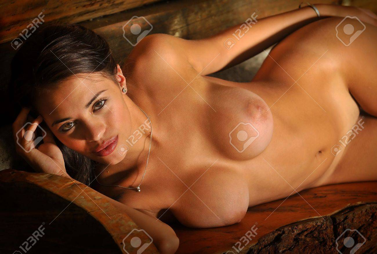 sexy-naked-bench-sex-poziti-xxx