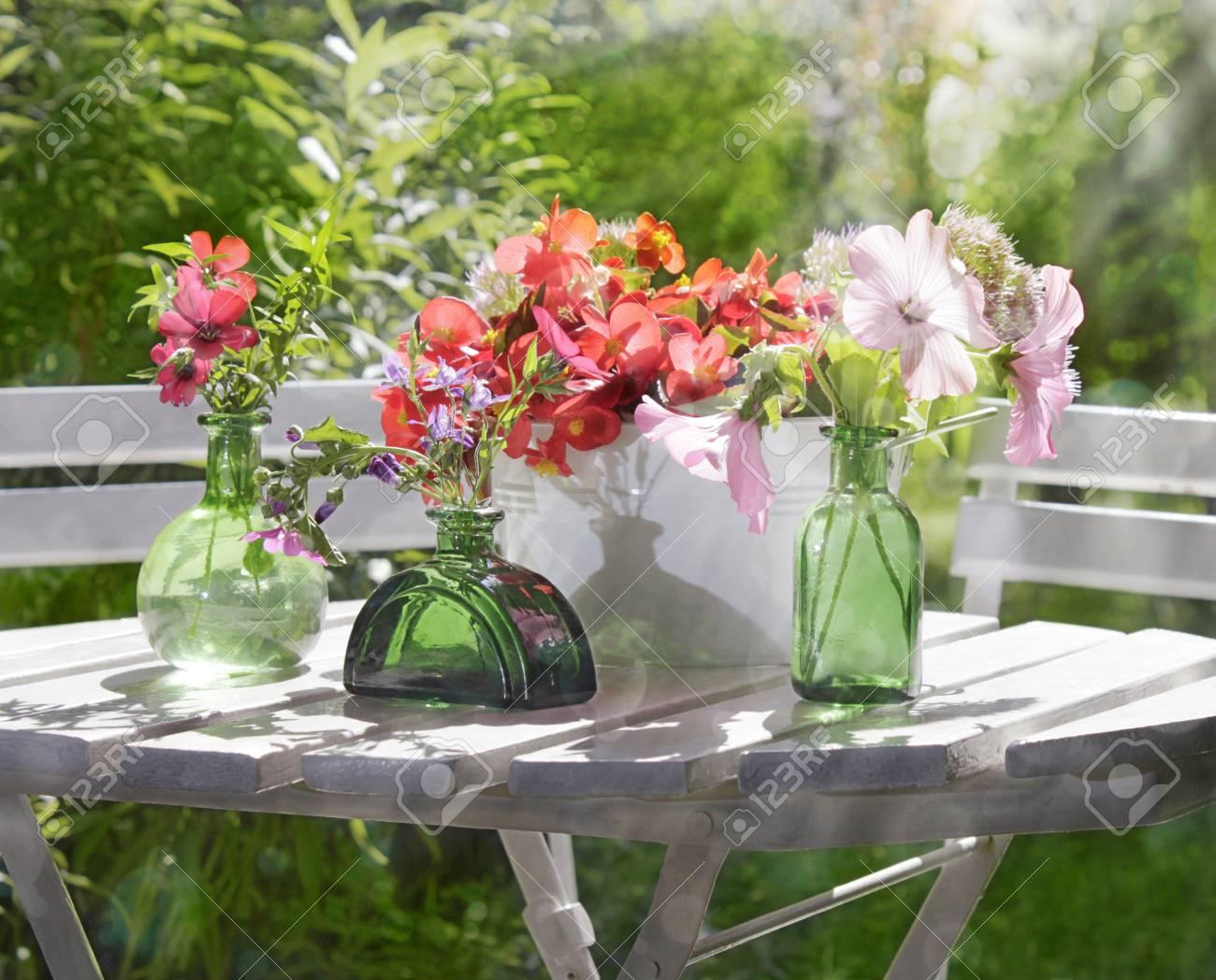 Arreglo Floral Jardín Con Textura Ligera