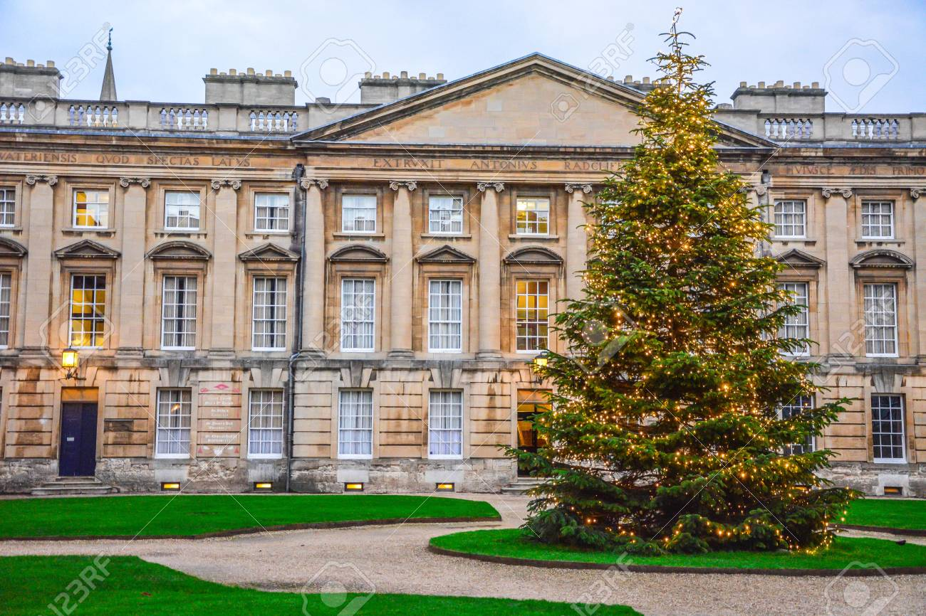 United Kingdom Christmas.Christmas Tree In Front Of The Historic Building In Oxford England