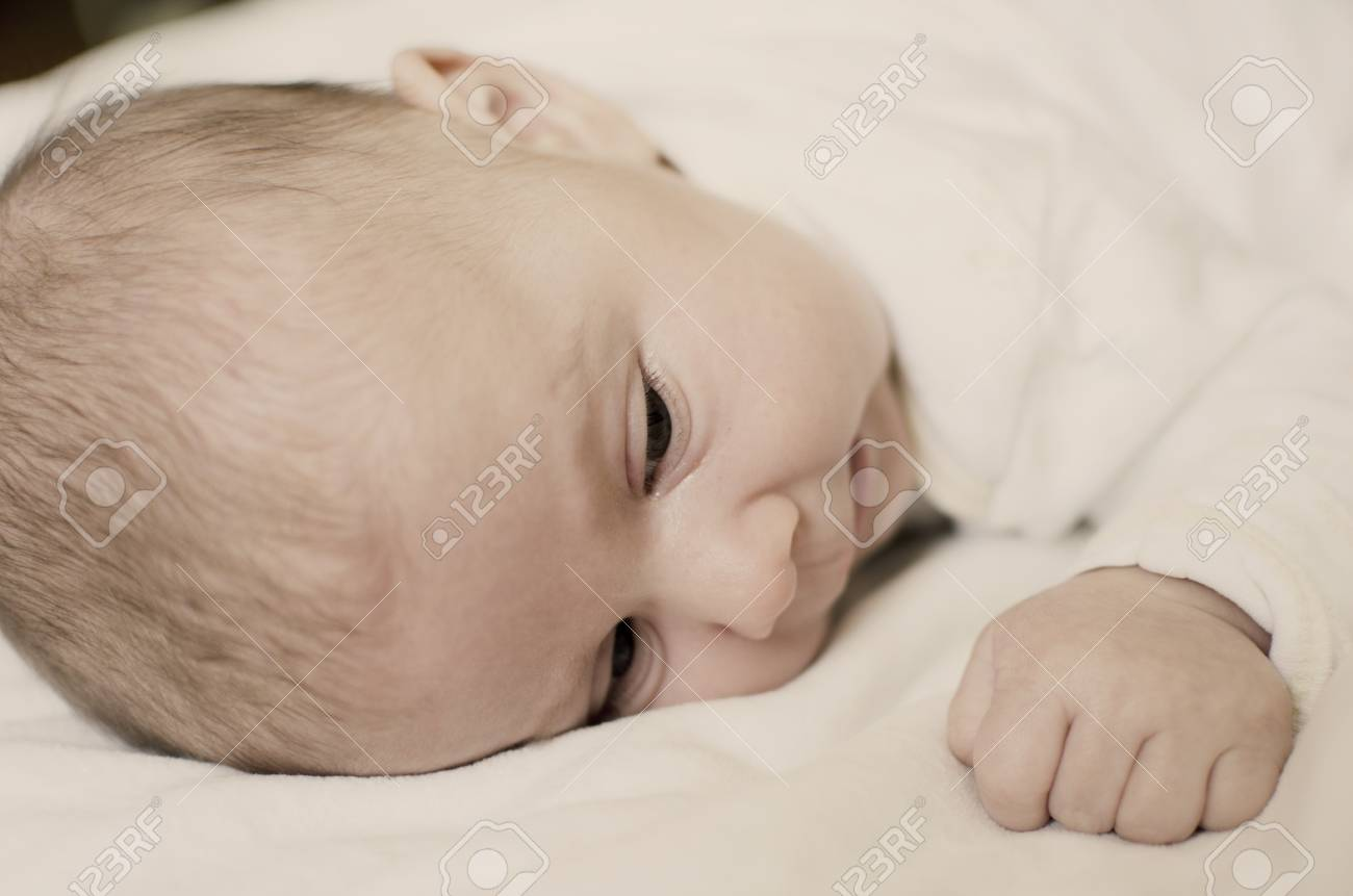 Baby girl Stock Photo - 16985187