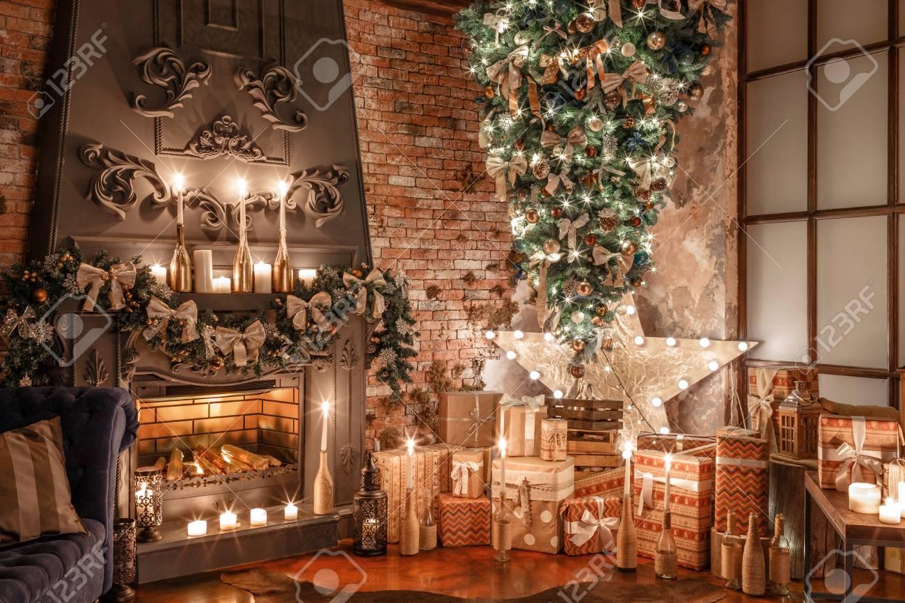 Upside Down Christmas Tree Ideas.Alternative Tree Upside Down On The Ceiling Winter Home Decor
