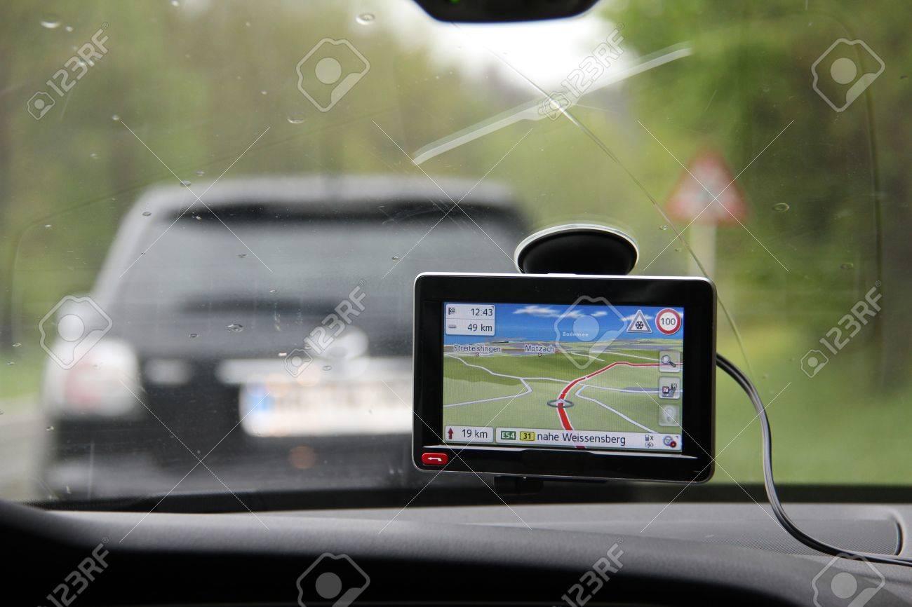 Navigation Standard-Bild - 44333693