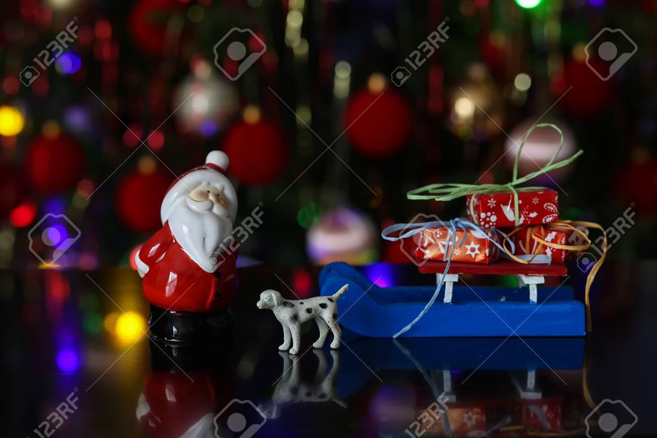 Christmas / Beautiful Christmas and New Years scene Standard-Bild - 93720708