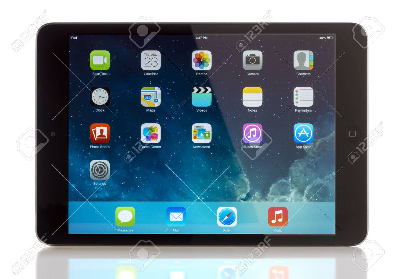 GALATI, ROMANIA, JANUARY 31, 2014: - iPad mini is powered by the new A7 chip with 64-bit architecture. A7 delivers killer performance — up to four times faster CPU and up to eight times faster graphics performance than the previous generation — withou - 26278213
