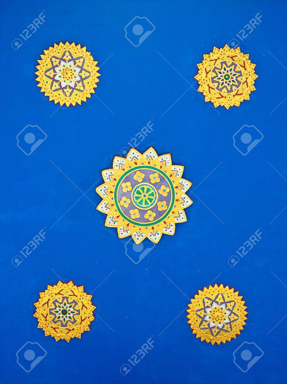 Golden on green thai painting wallpaper, Buddha temple wall and ceiling decoration Stock Photo - 10761776