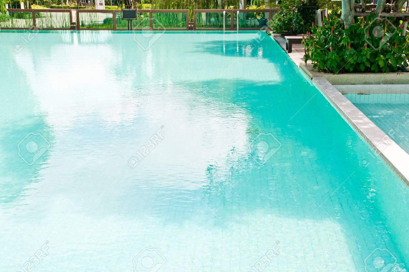 Swimming Pool Stock Photo - 10906591