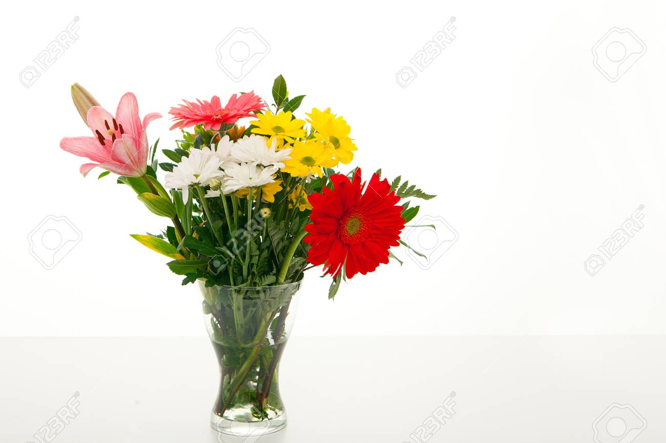 glass vase of flowers Stock Photo - 13528996