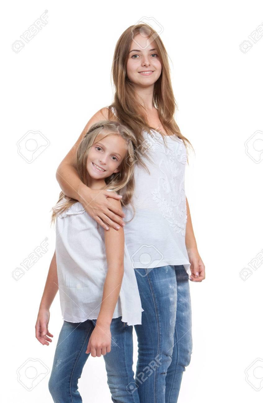 Молодая сестренка