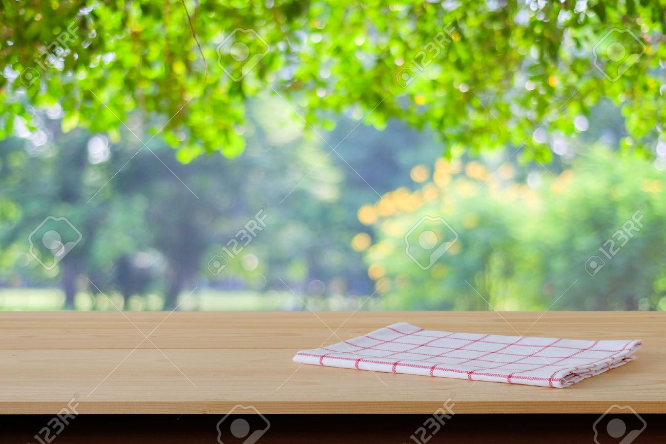 Table De Jardin Wood En Stock > Garden Background Stock Photos Royalty Free Business Images