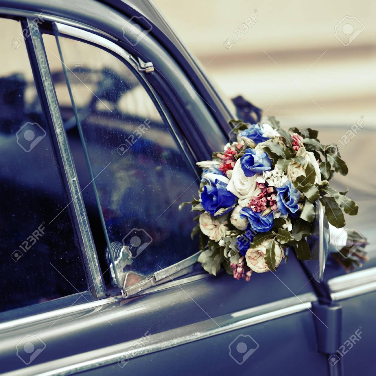 Vintage Picture Hochzeitsblumenstrauss Auf Altmodische Auto