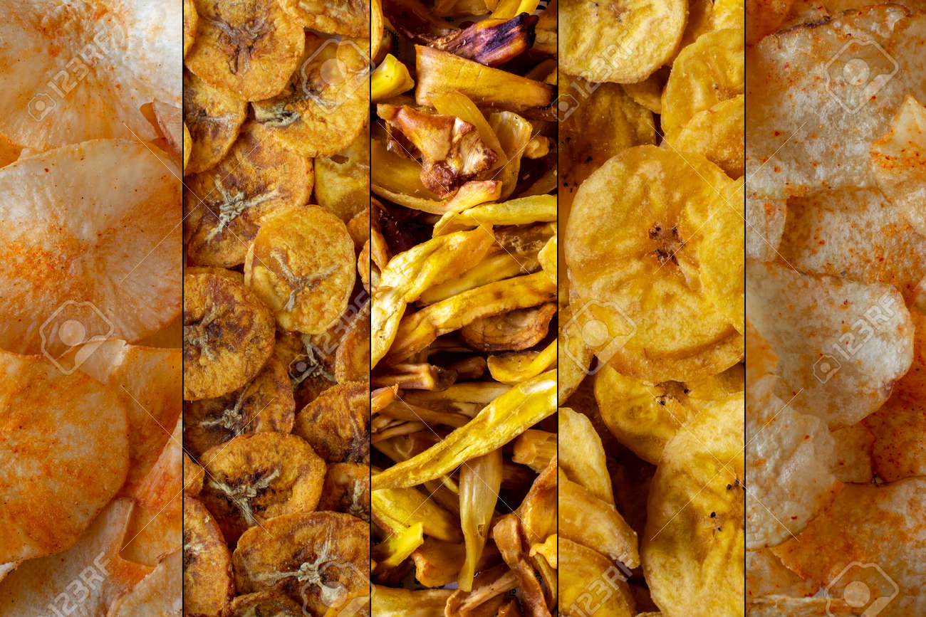 Variety chips of potato, banana, jackfruit and cassava. Kinds of common chips both sweet and tangy - 167169665