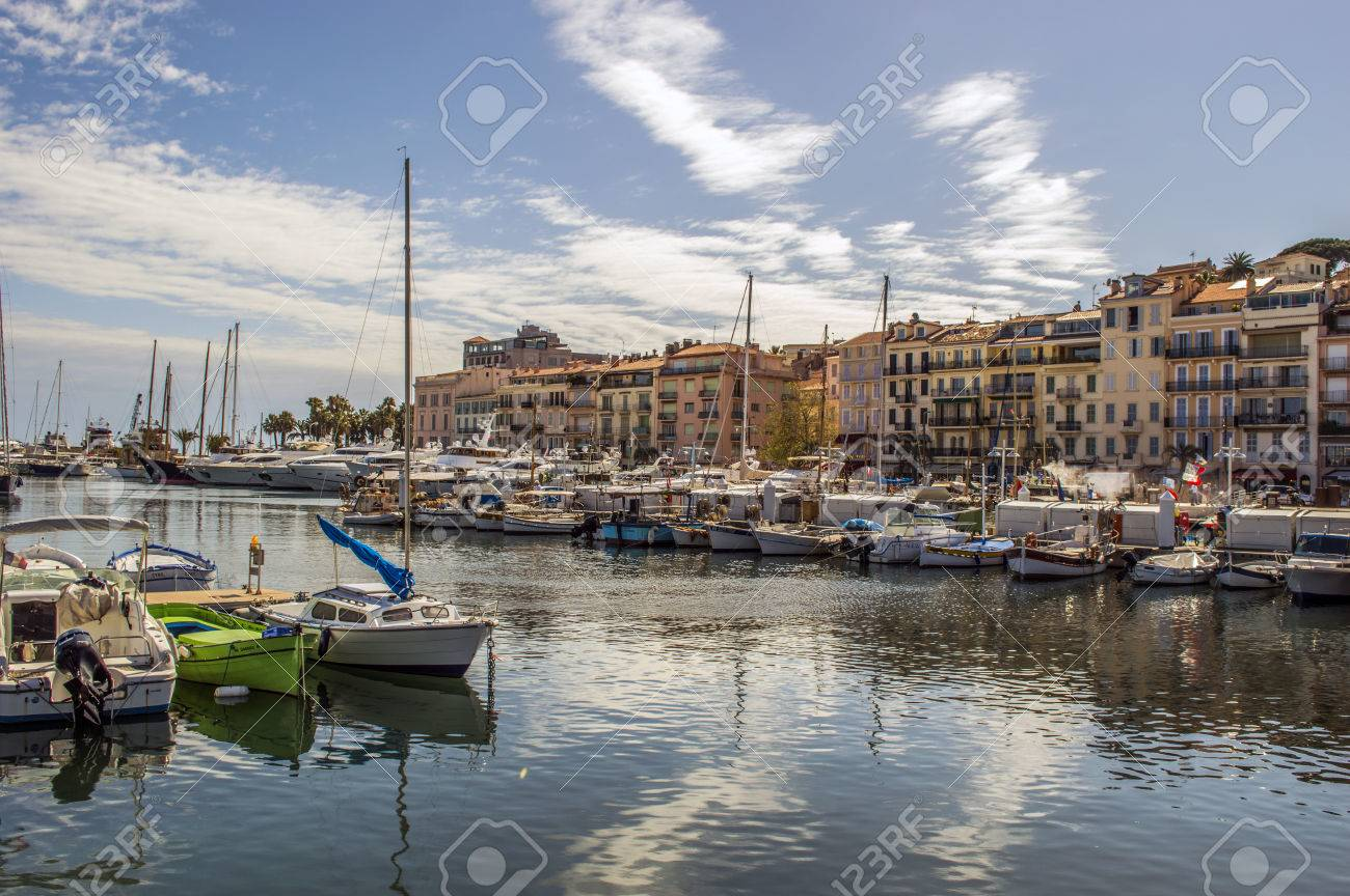 Harbor in Cannes - 26255988