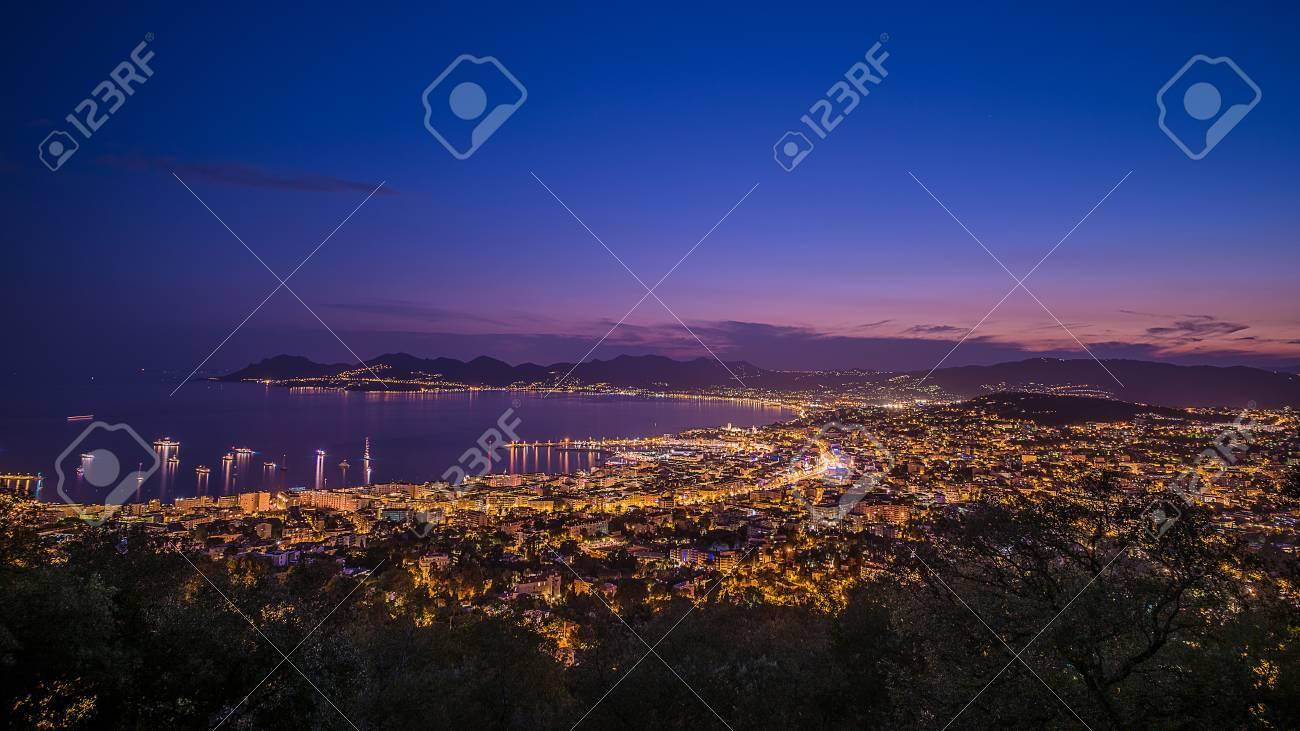 Cannes city lights - 31452549