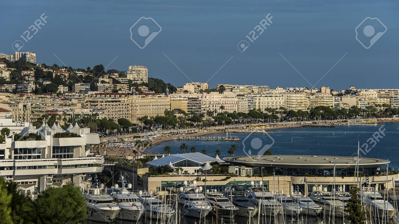 city of Cannes - 32343494
