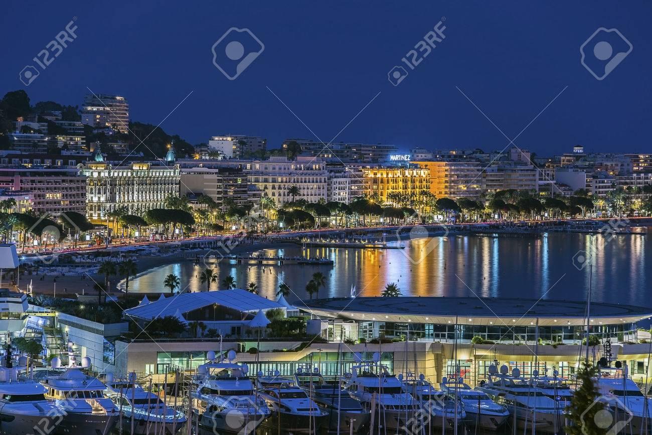 Cannes twilight - 32297478