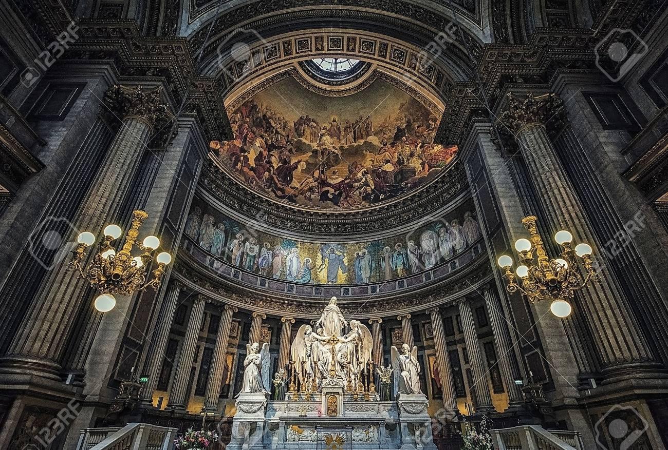 Altar of the Madeleine church in Paris - 76376032