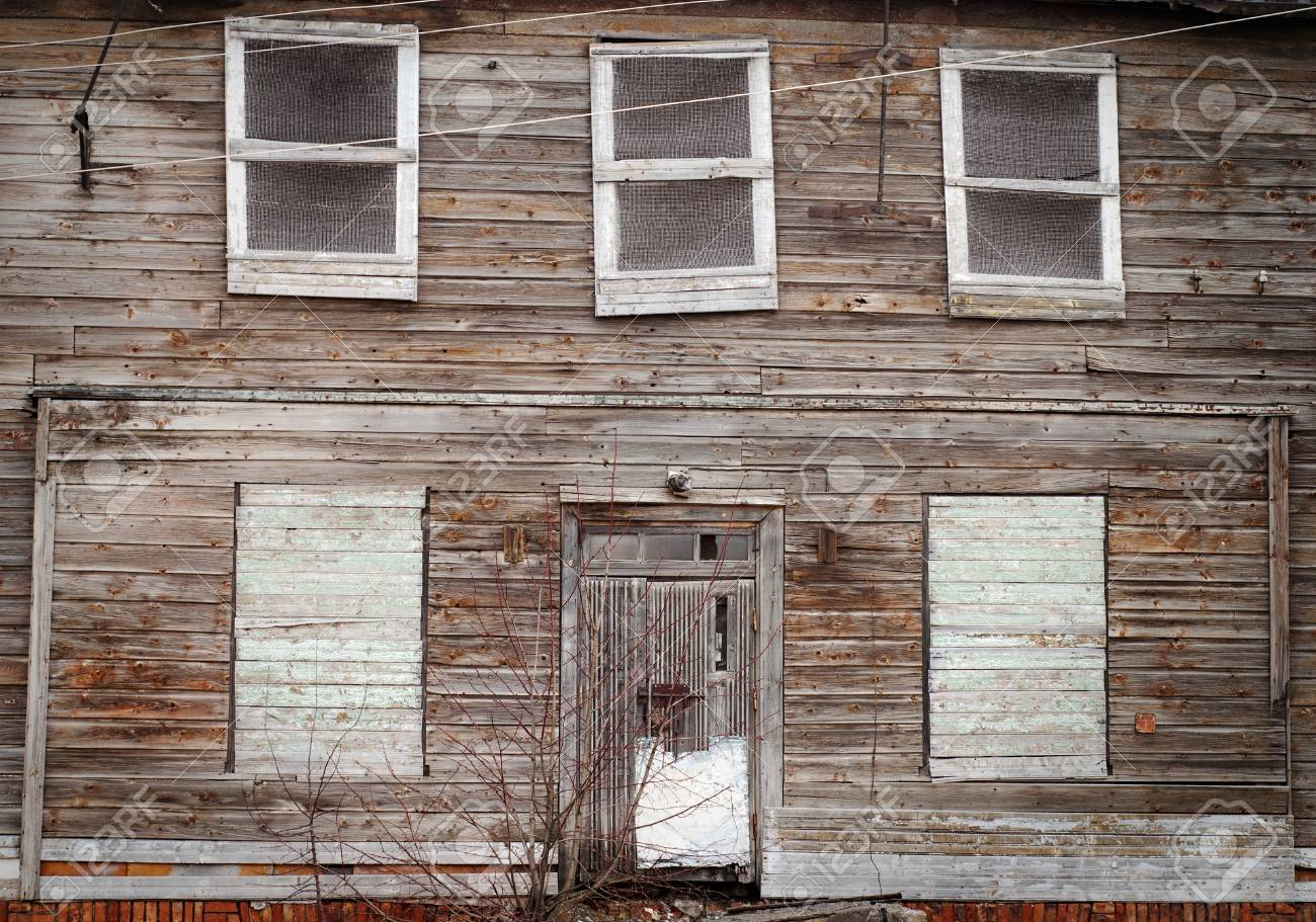 Windows for a wooden house 49