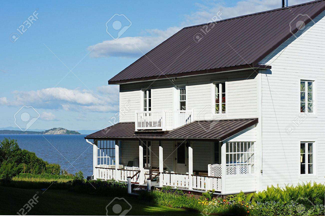 Improvements to the exterior of a house by the seaside. - 3309438