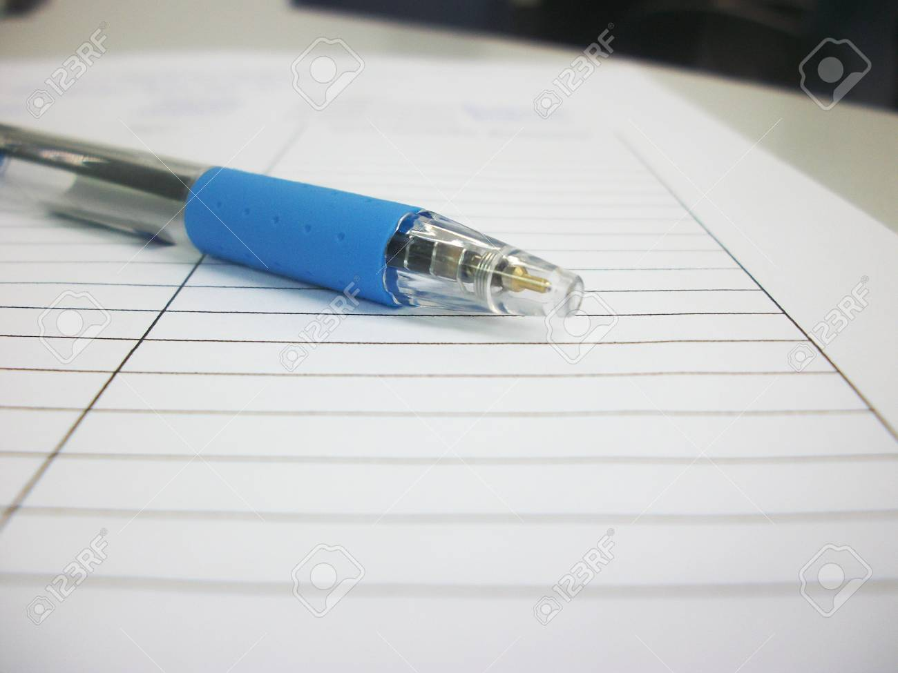 pen on paper Stock Photo - 13126377