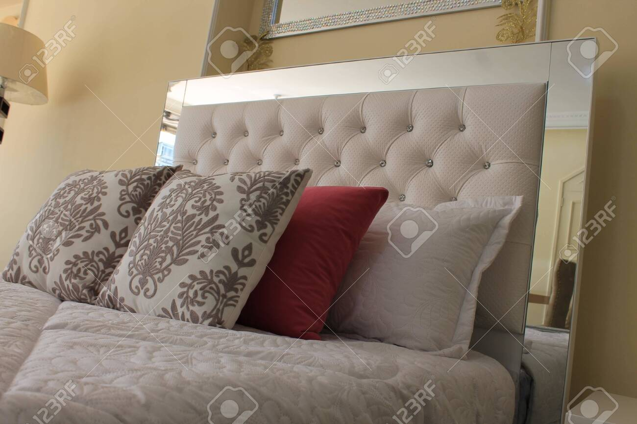 bed and cushions - 131918913
