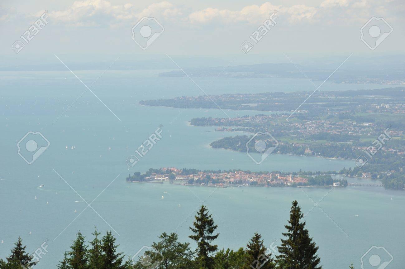 Vue Du Sommet De La Montagne Autrichienne Lac Constance Et L Tri Banque Dimages Lle Lindau