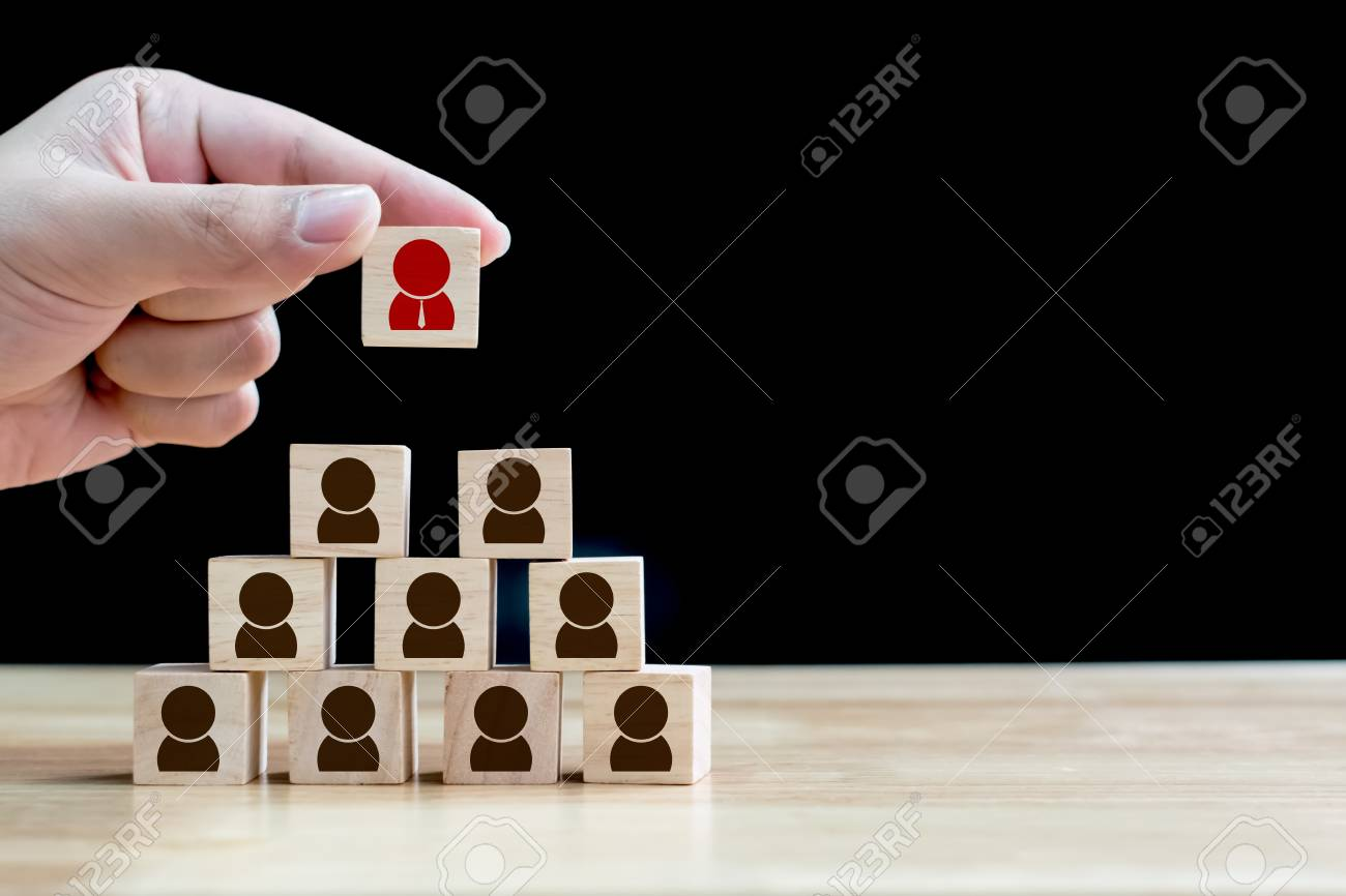 Human resource management and recruitment business concept, Wood cube building - 94032274