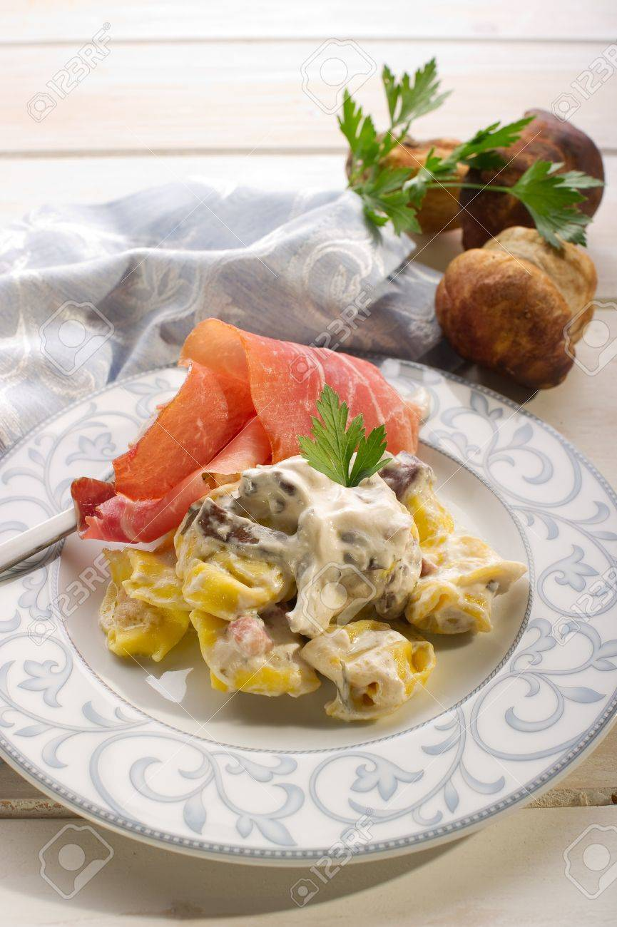 Tortellini Wit Parma Ham And Cream Sauce Stock Photo Picture And Royalty Free Image Image 10403678
