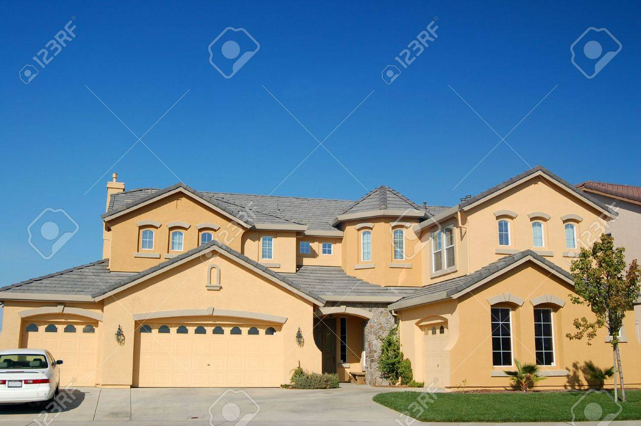 An upscale house in California Stock Photo - 265153