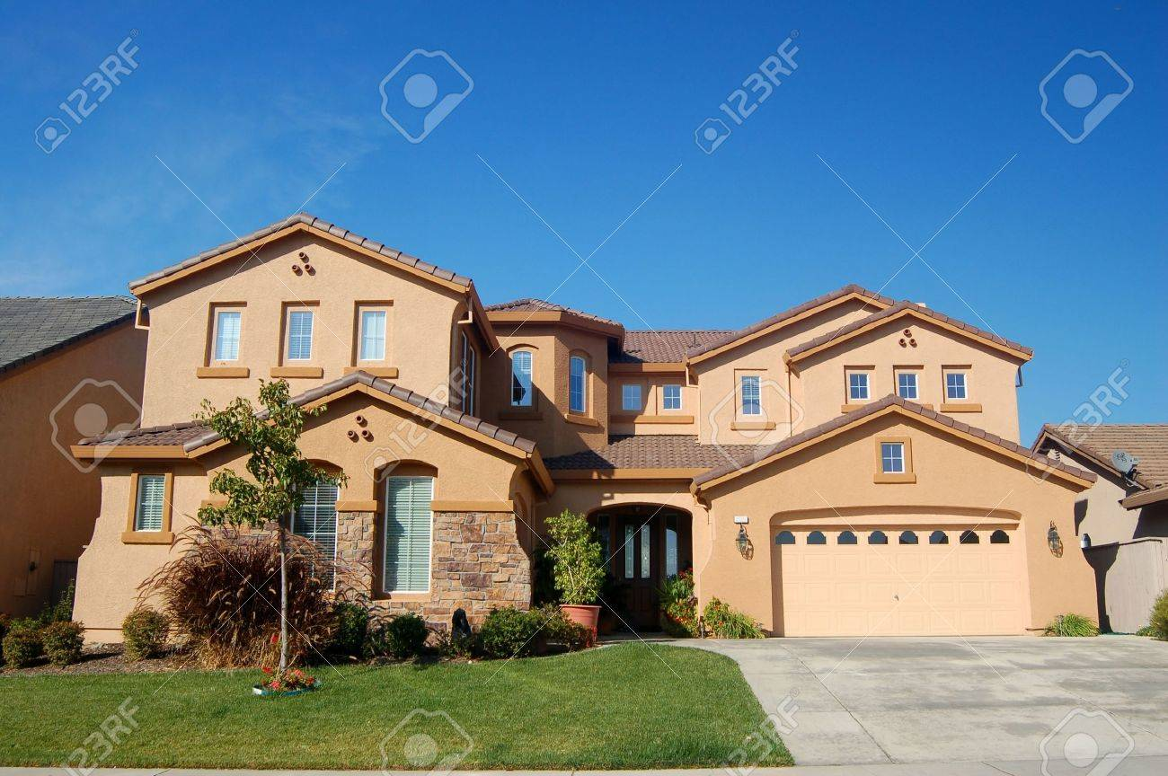 An upscale house in California Stock Photo - 284733
