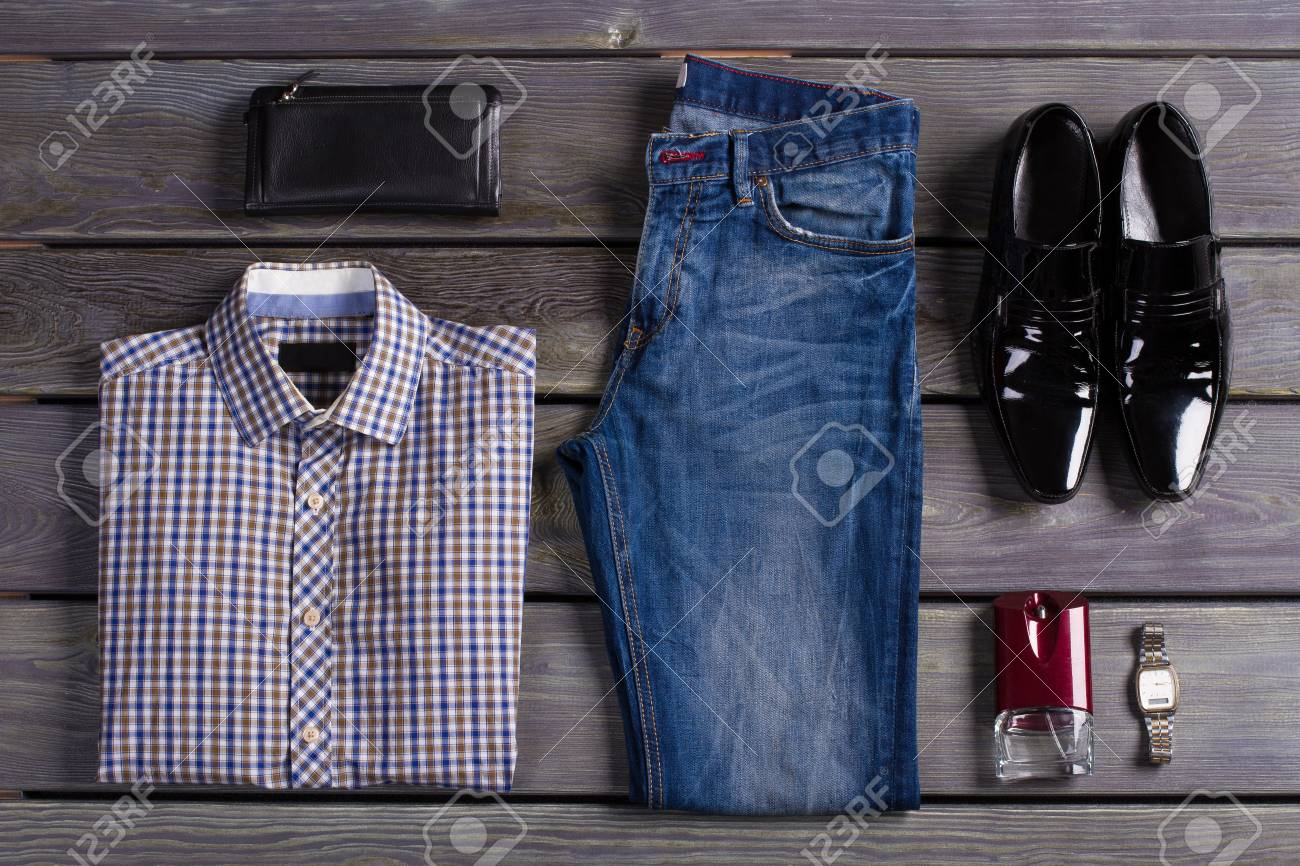 b9a4c58ece22 Beautifully laid out an exclusive men s clothing. Stock Photo - 73548545