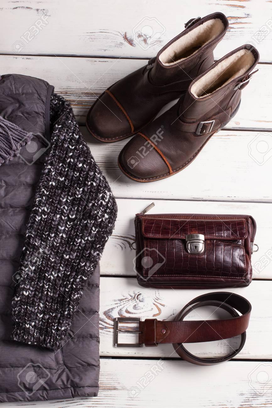 extrêmement unique incroyable sélection convient aux hommes/femmes Vêtements, chaussures et accessoires pour hommes chauds.