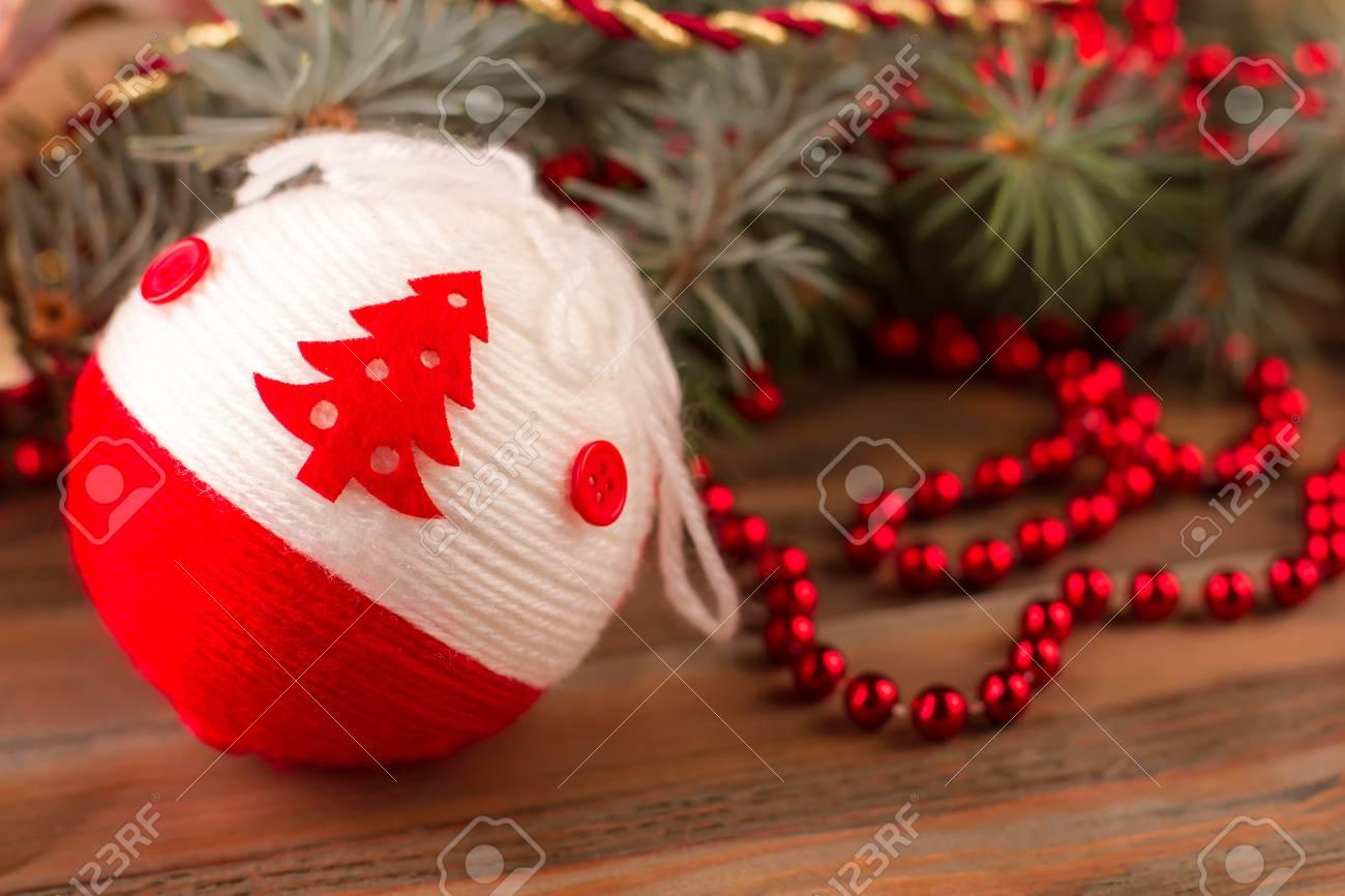 Hermosa Bola Hecha Punto Para El árbol De Navidad Decoración Navideña Para El Hogar Pronto El Día De Navidad