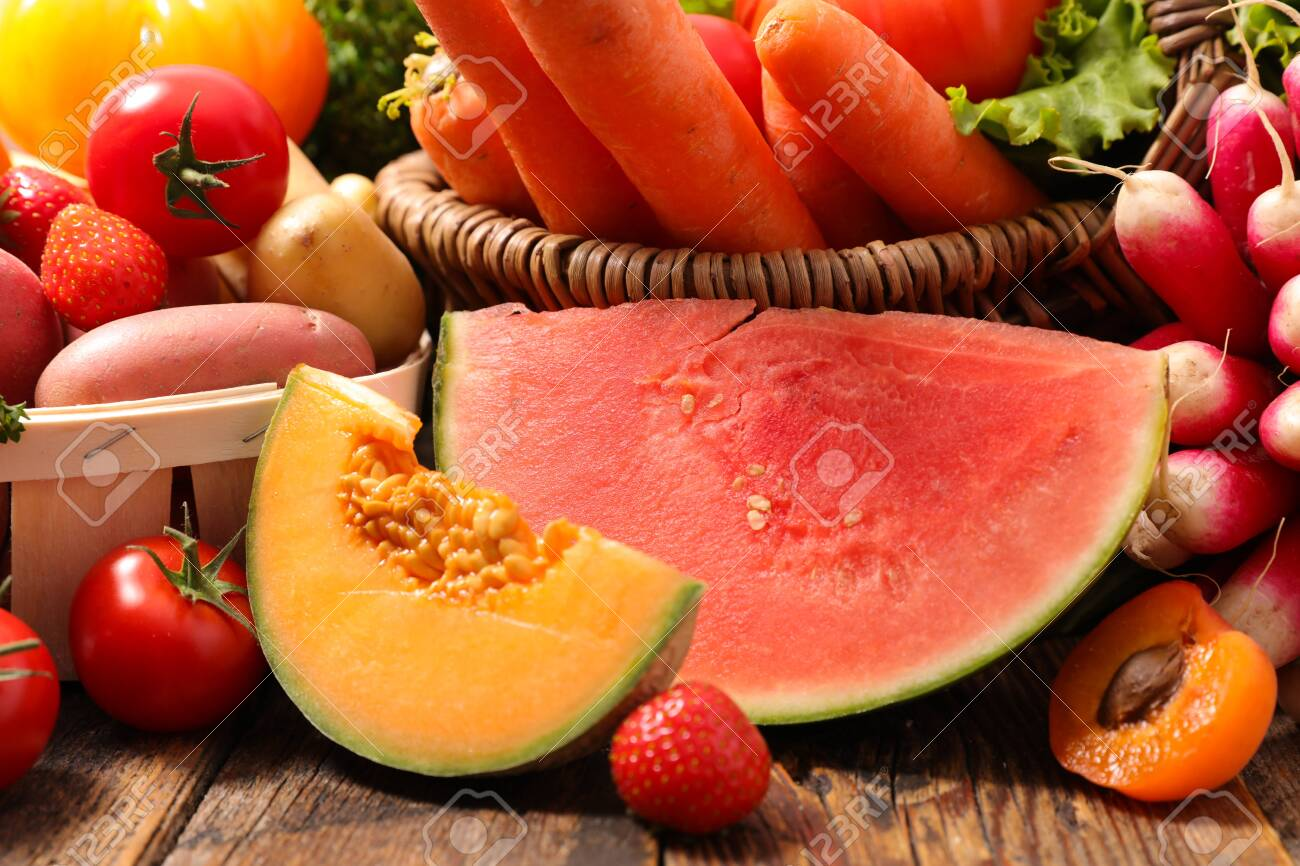 melon, watermelon, fruit and vegetable - 148557319