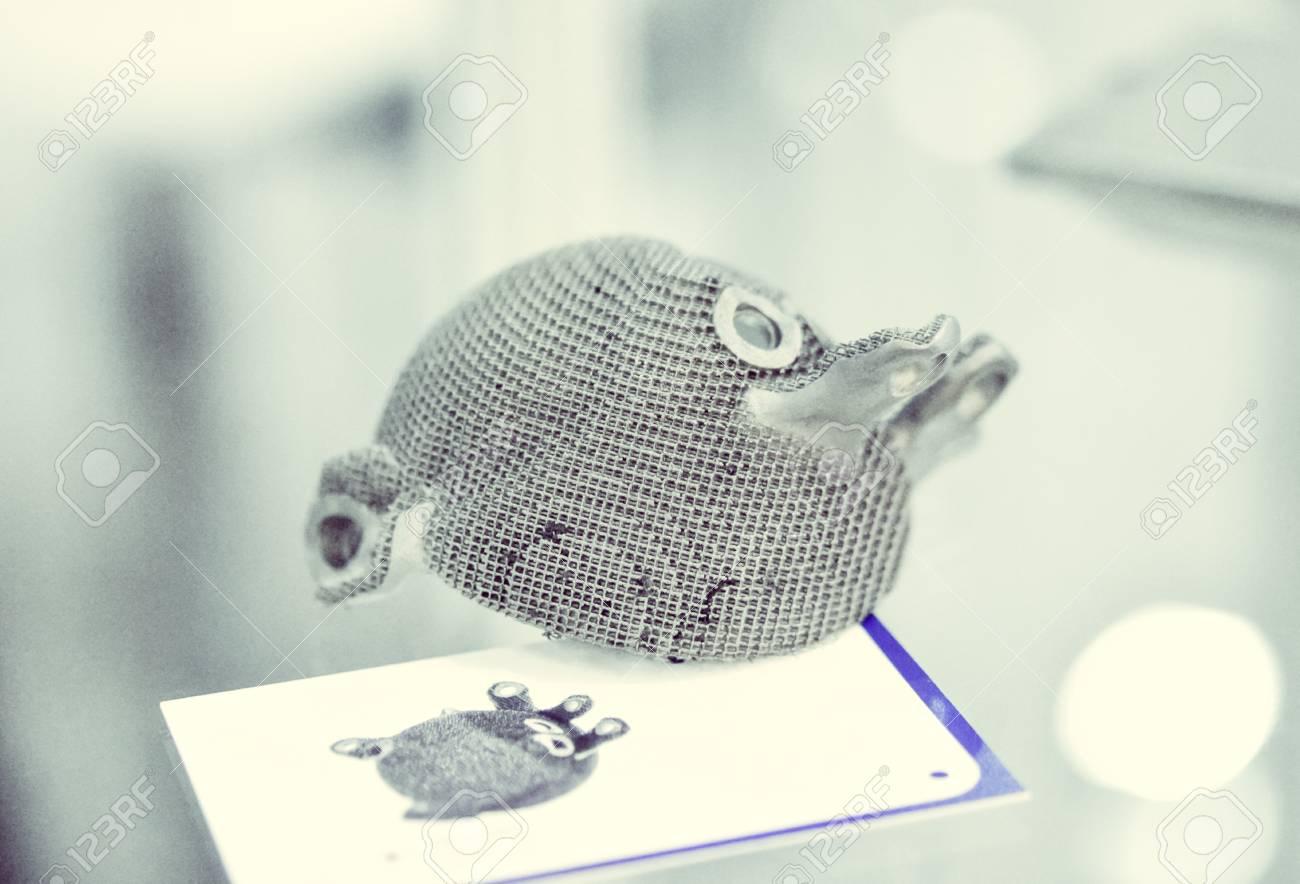 Selective Laser Melting  Object printed on metal 3d printer