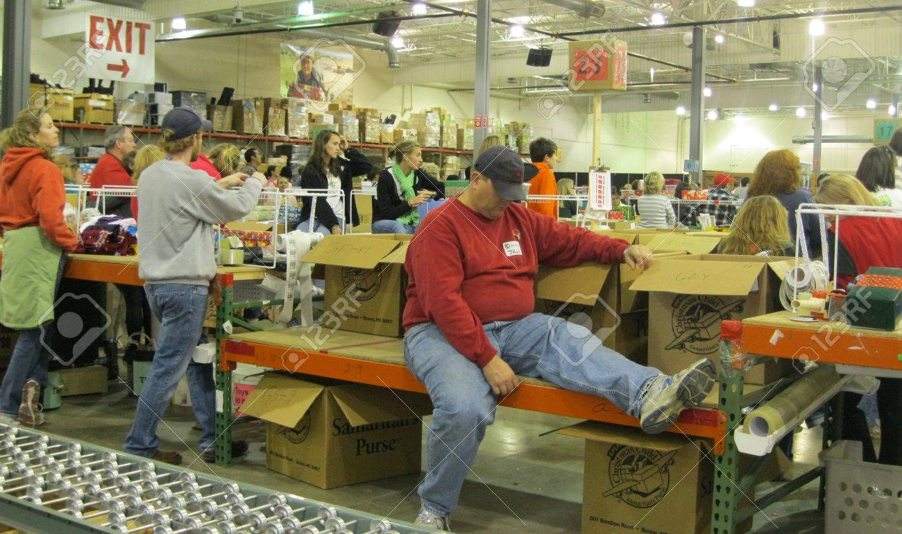 December 9, 2010 - Charlotte, NC - Operation Christmas Child ...