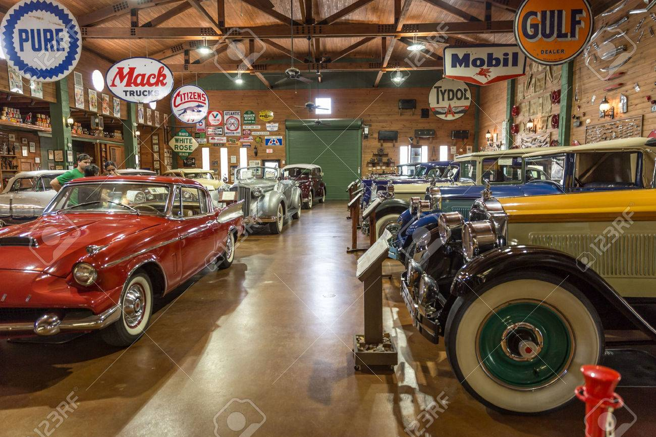 FORT LAUDERDALE FLORIDA USA AUGUST  Fort Lauderdale Antique - Classic car museums in usa