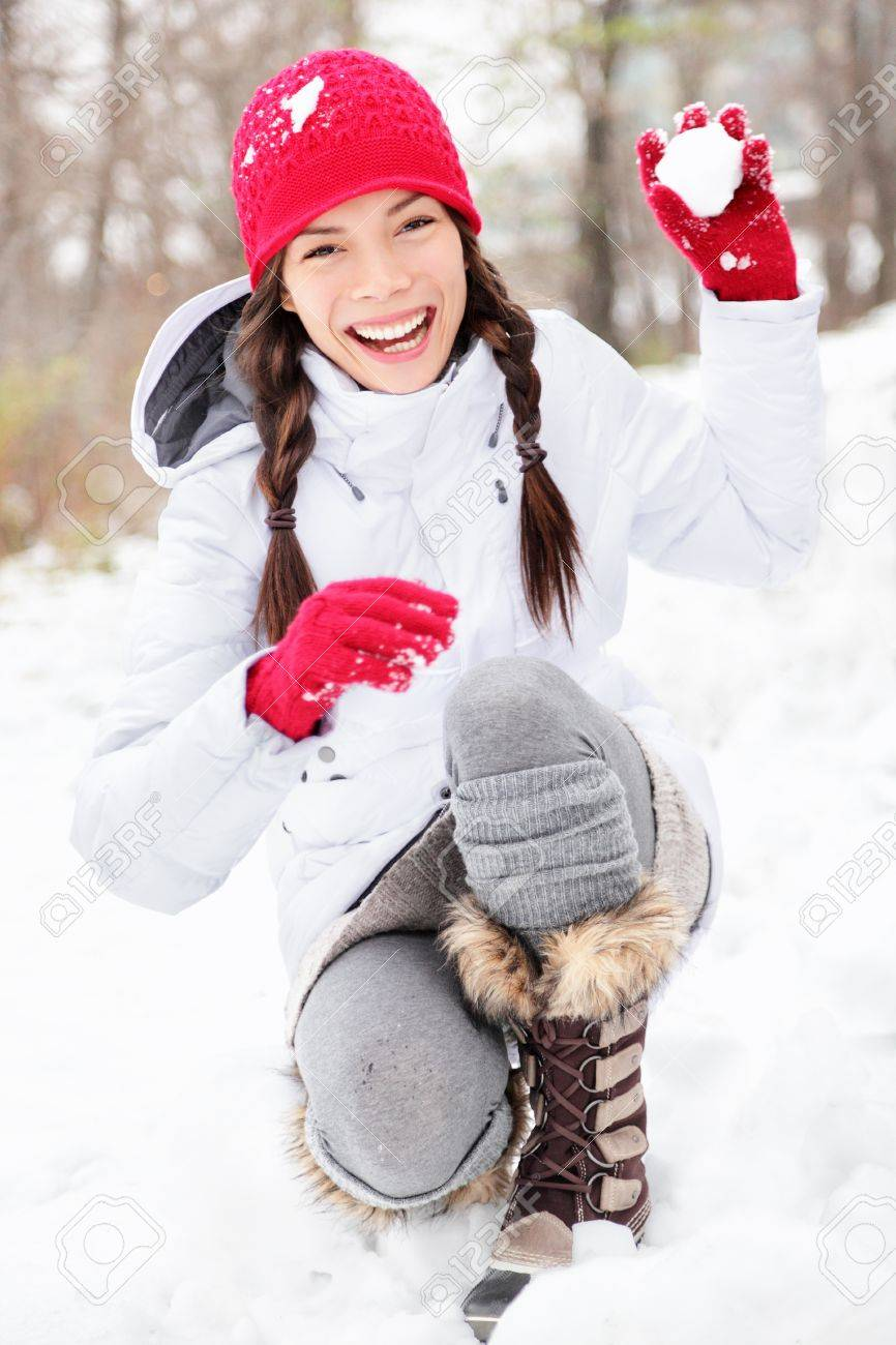 Картинки девушки зимой веселятся