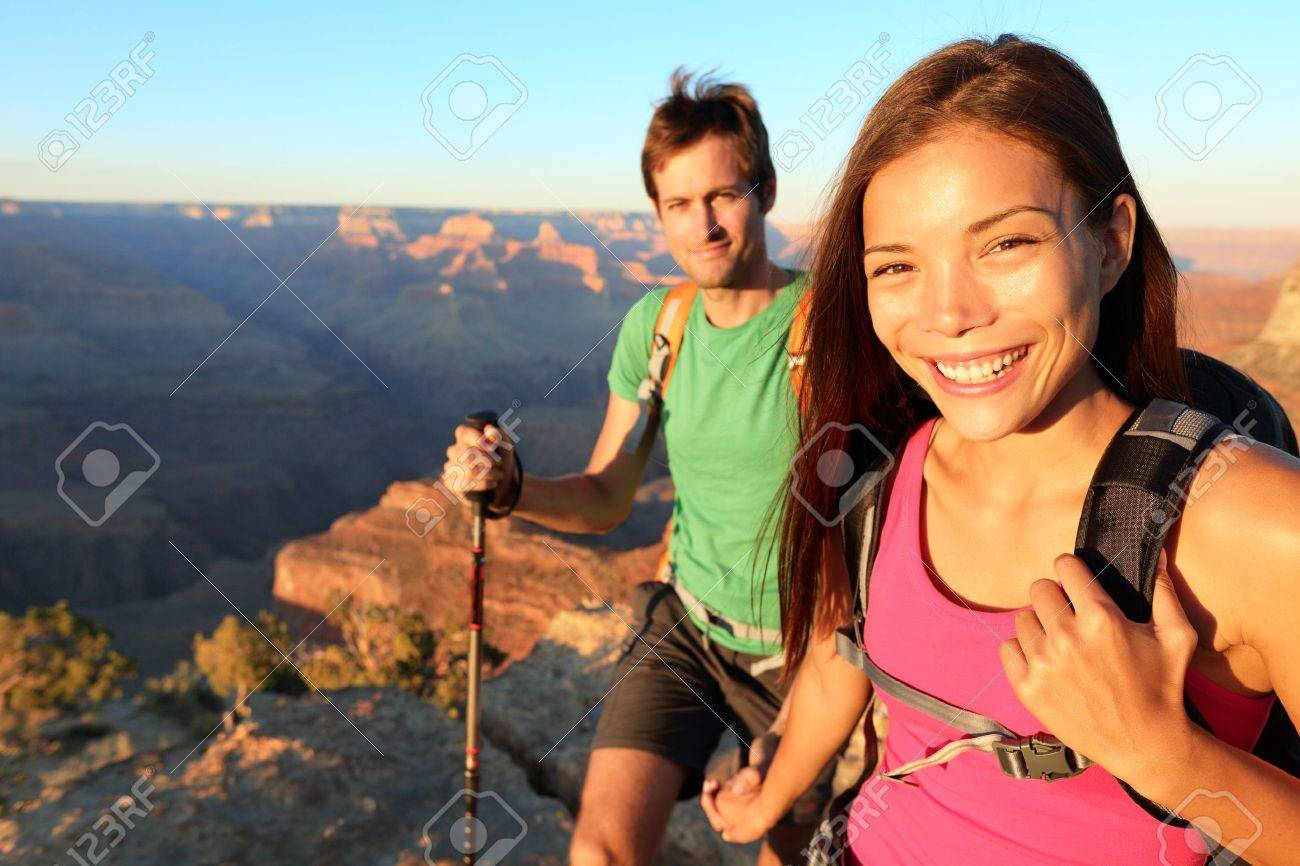 Couple hikers in Grand Canyon Stock Photo - 17215829