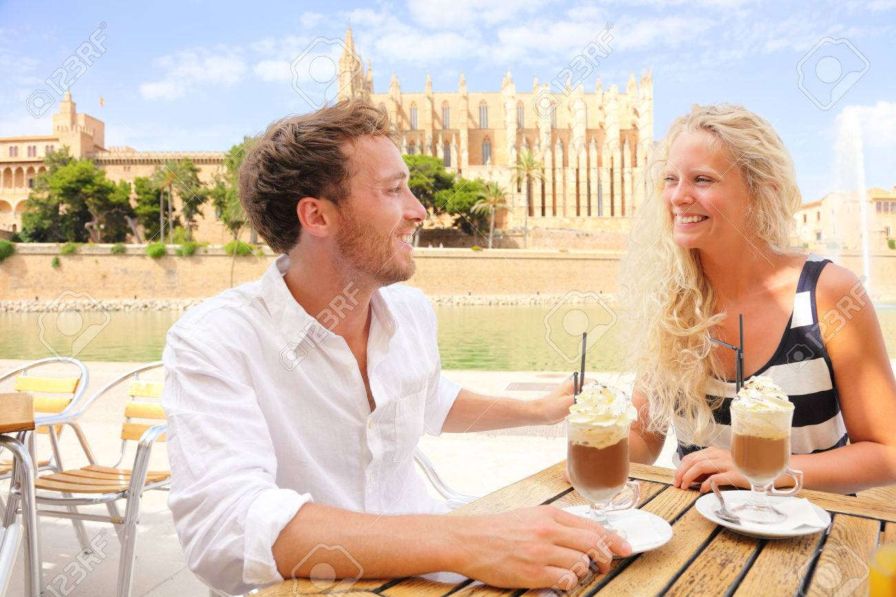dating i Palma de Mallorca WWE AJ Lee dating Dolph Ziggler