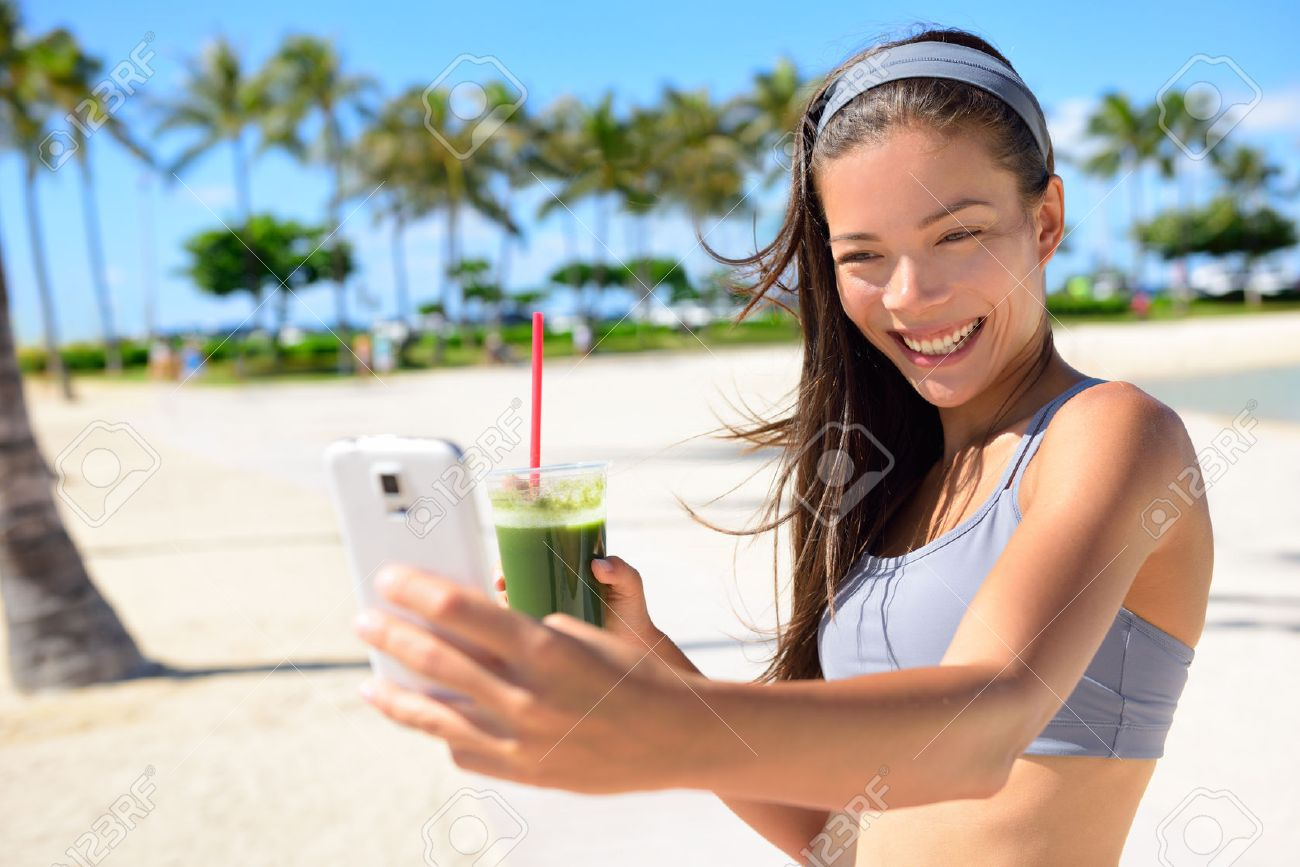 Фото девушки фитнес на пляже 9 фотография