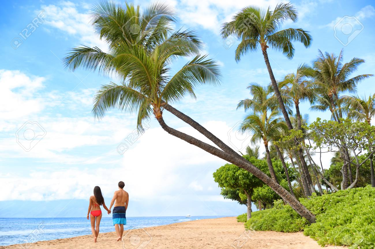 Hawaii Beach Vacation Couple Walking People Lifestyle Kaanapali