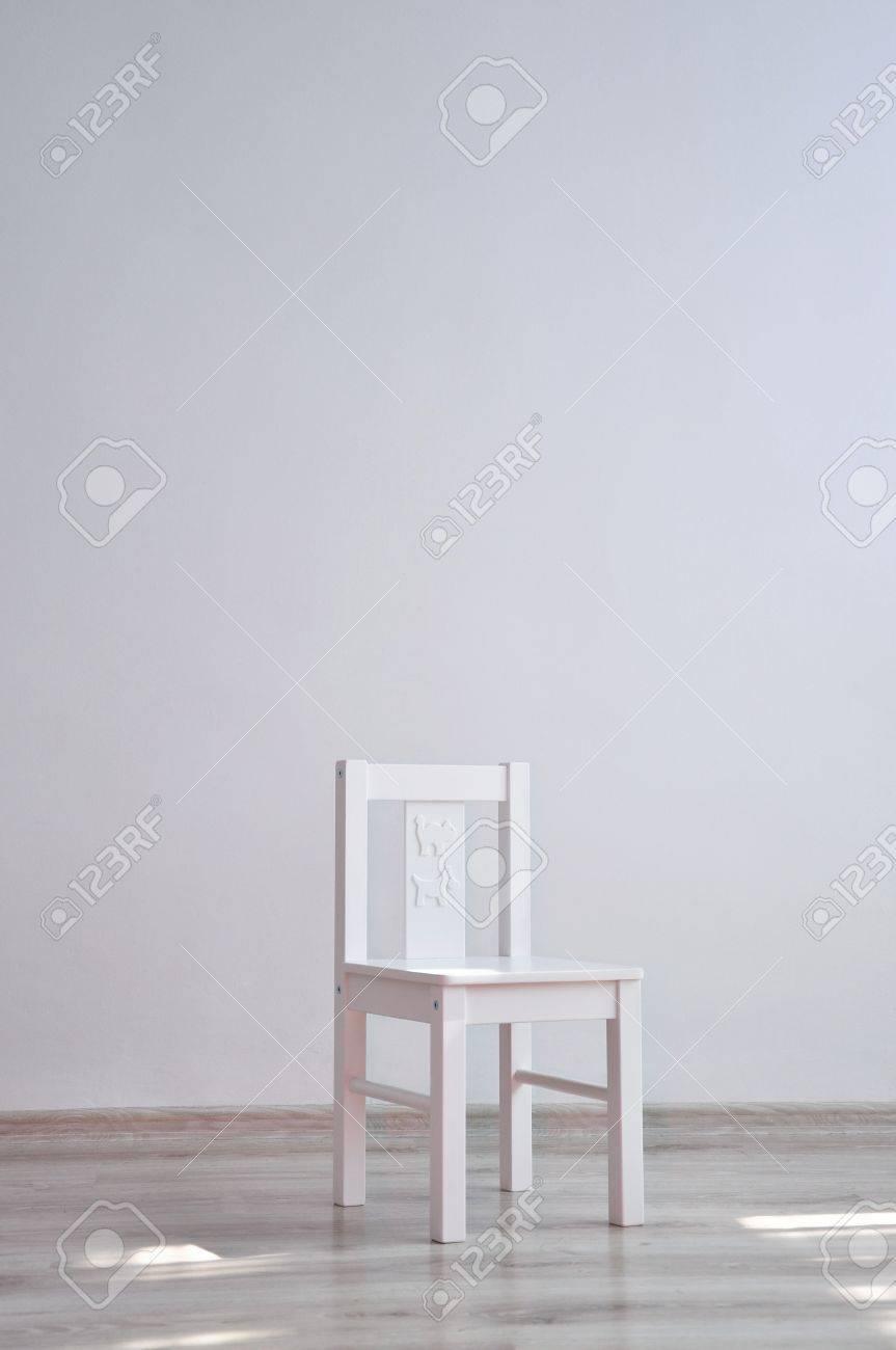 blanco geomtrica minimalista estilo silla para nios con animales de dibujos animados imprime en la parte