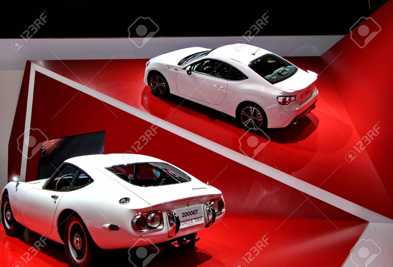 GENEVA   MARCH 16   two white  toyota 2000GT on display at the 82nd  international motor show Palexpo-Geneva on march 16;2012 in Geneva Stock Photo - 12818857