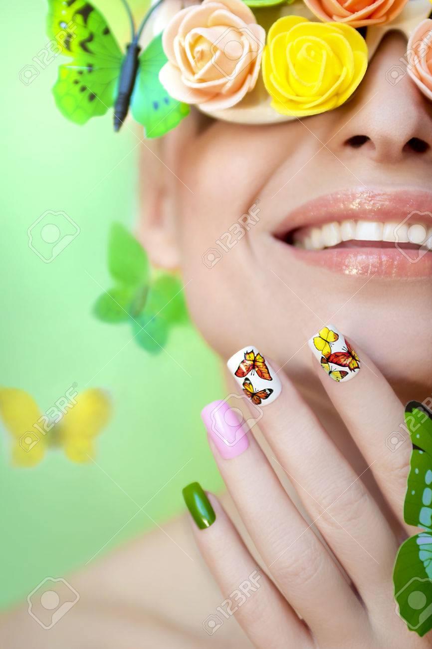 Bonito Gris Y Diseños De Uñas De Color Rosa Regalo - Ideas Para ...