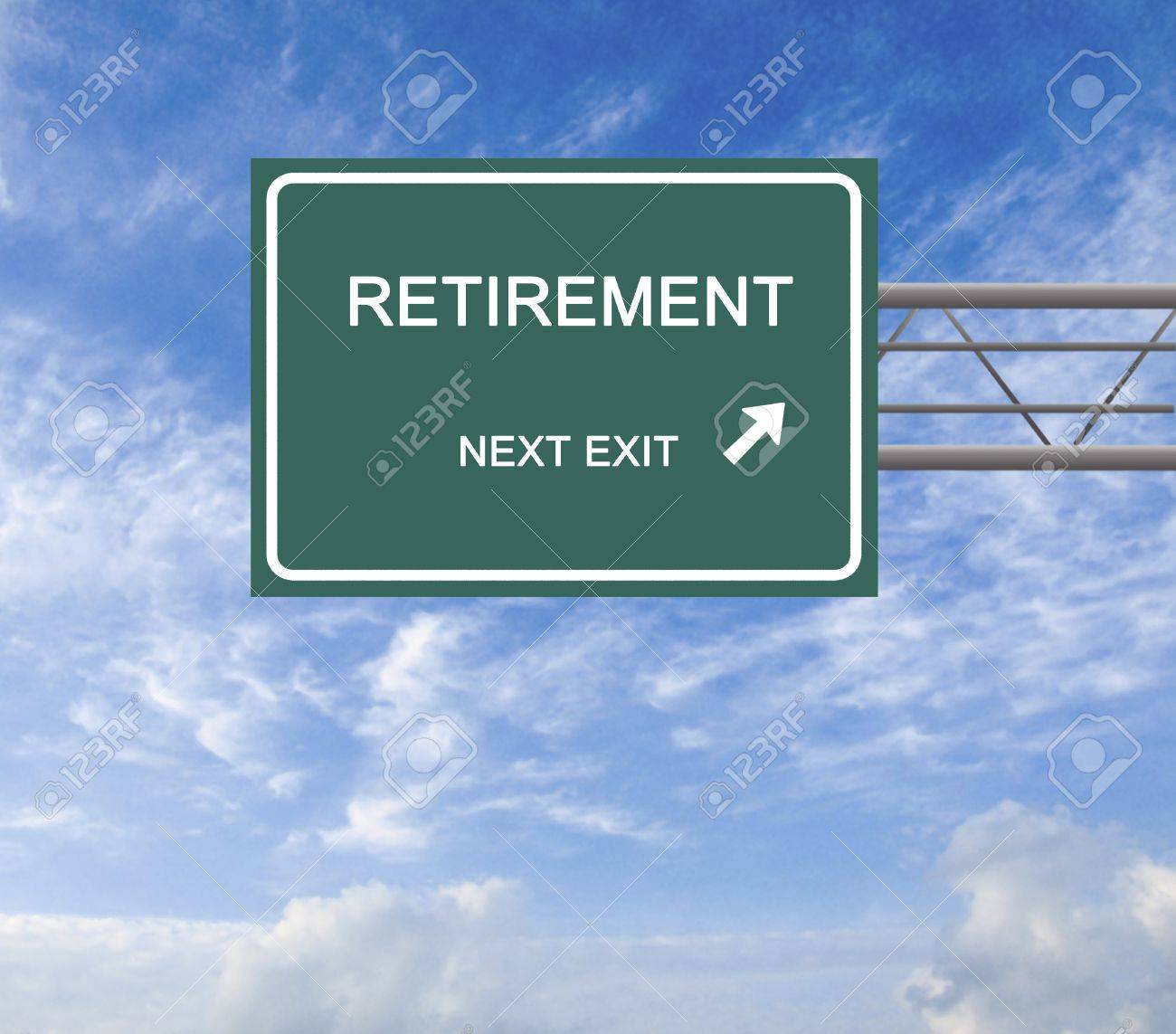 Road sign to retirement Stock Photo - 16573918